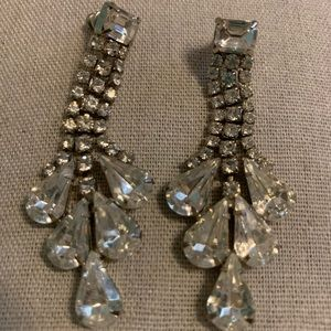 Vintage chandelier rhinestone pierced earrings